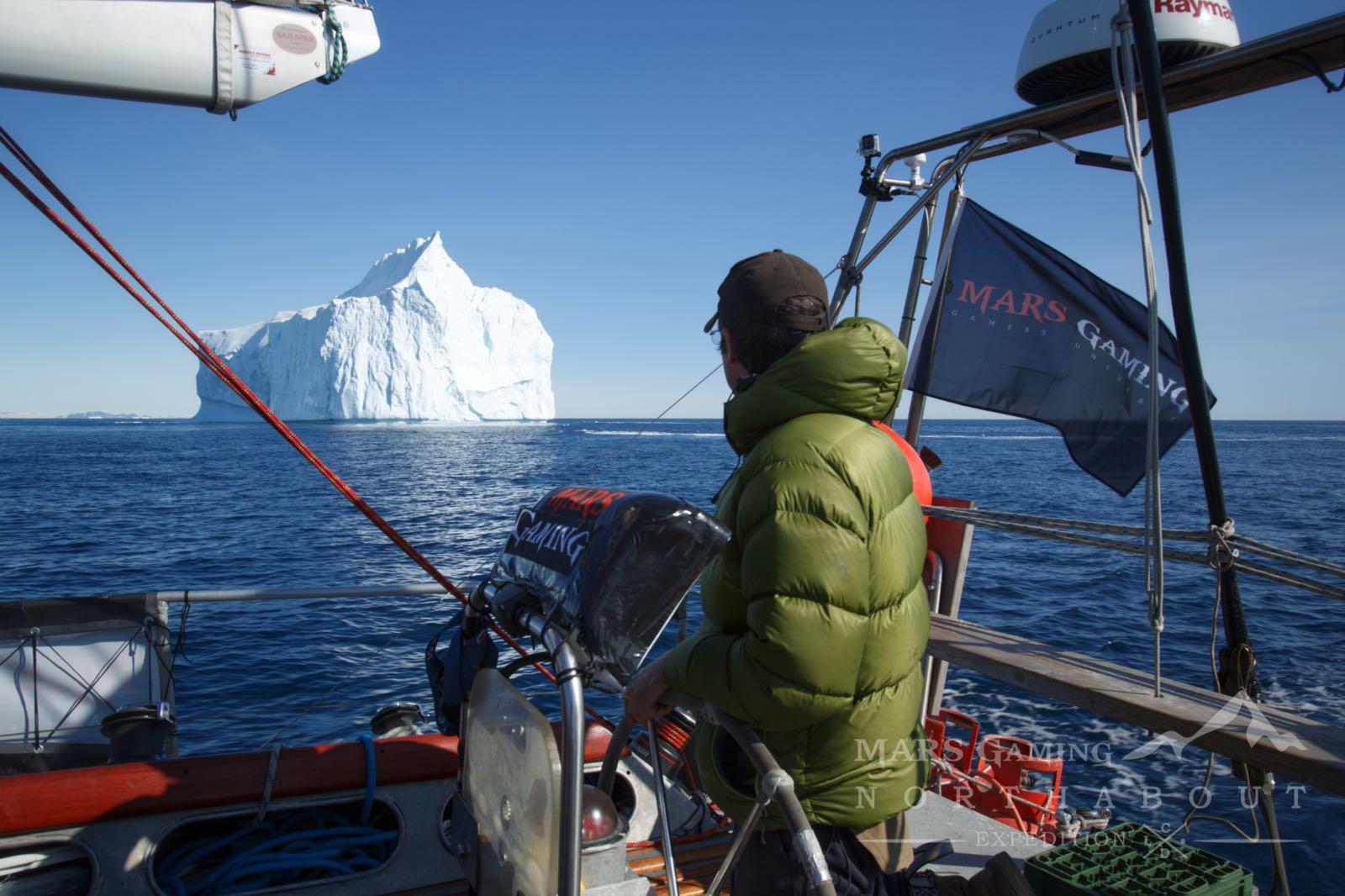 Mike Stewart frente a Iceberg